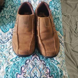 Sketchers men shoes